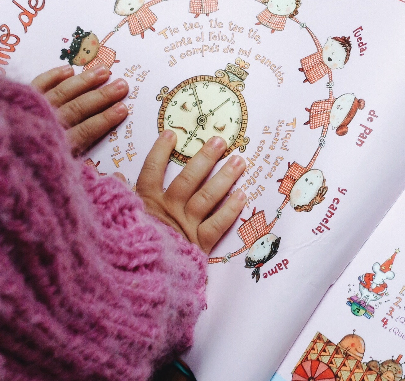 Leyendo con niños